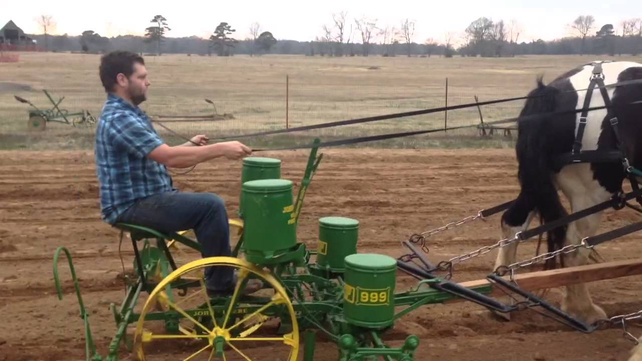 John Deere Horse Drawn Corn Planter - YouTube