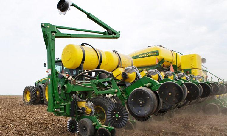 John Deere Drawn Planters Planting and Seeding Equipment