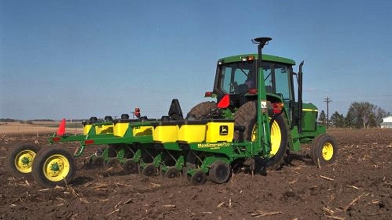 Planting Equipment | 1705 Integral Planter | John Deere US