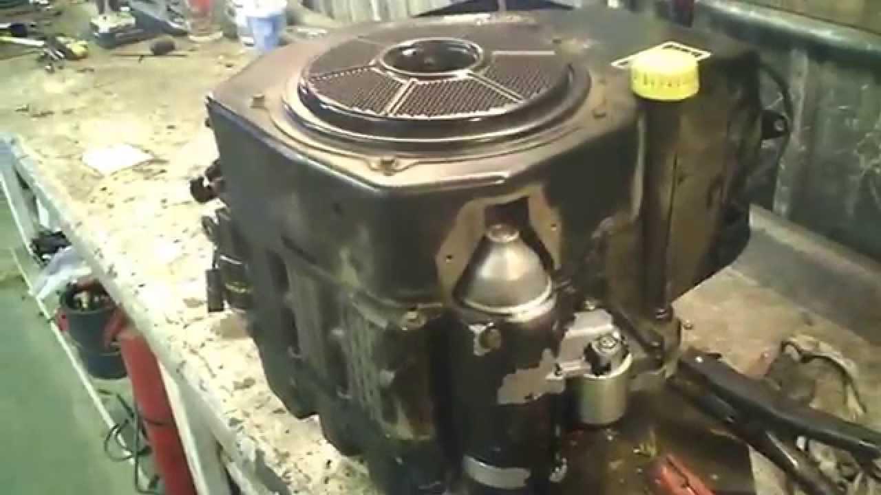 LOT 1798A John Deere STX38 12.5 HP Kohler Running Engine ...