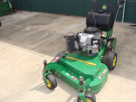 2010 John Deere WG32A Lawn & Garden and Commercial Mowing - John Deere ...