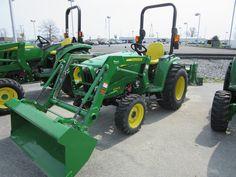 John Deere 3038E & D160 loader
