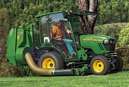 2025R | Compact Utility Tractors | John Deere INT