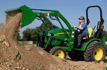 John Deere 2 Family Compact Utility Tractors