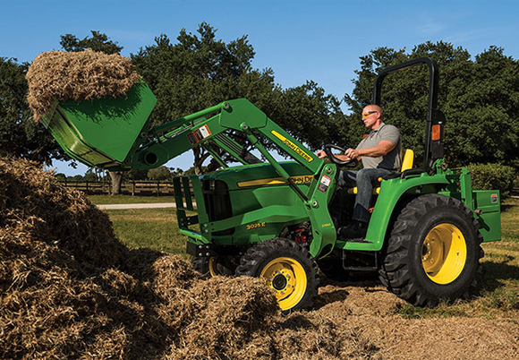 John Deere 3025E Compact Utility Tractor Unveiled