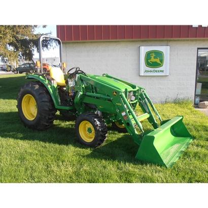 John Deere 4M Series Compact Utility Tractors