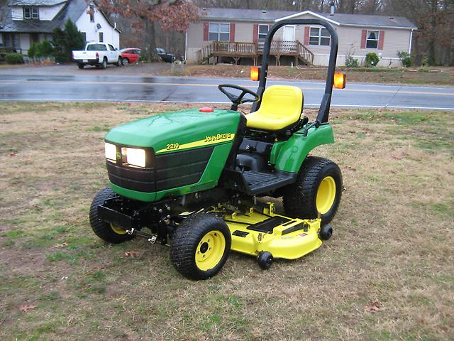 Details about NICE JOHN DEERE 2210 4X4 DIESEL TRACTOR NO RESERVE