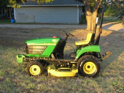 John deere 2210 4X4 tractor