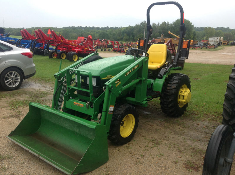 JD 4115 compact tractor w/ JD410 loader, 12 x 16.5 R4 tires, 361 hrs ...