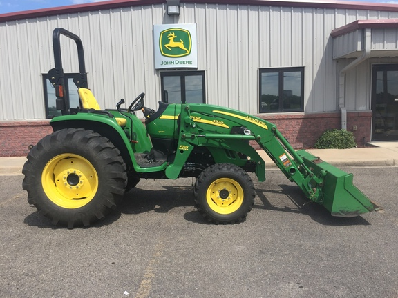 2012 John Deere 4320 - Compact Utility Tractors - Muskogee, OK
