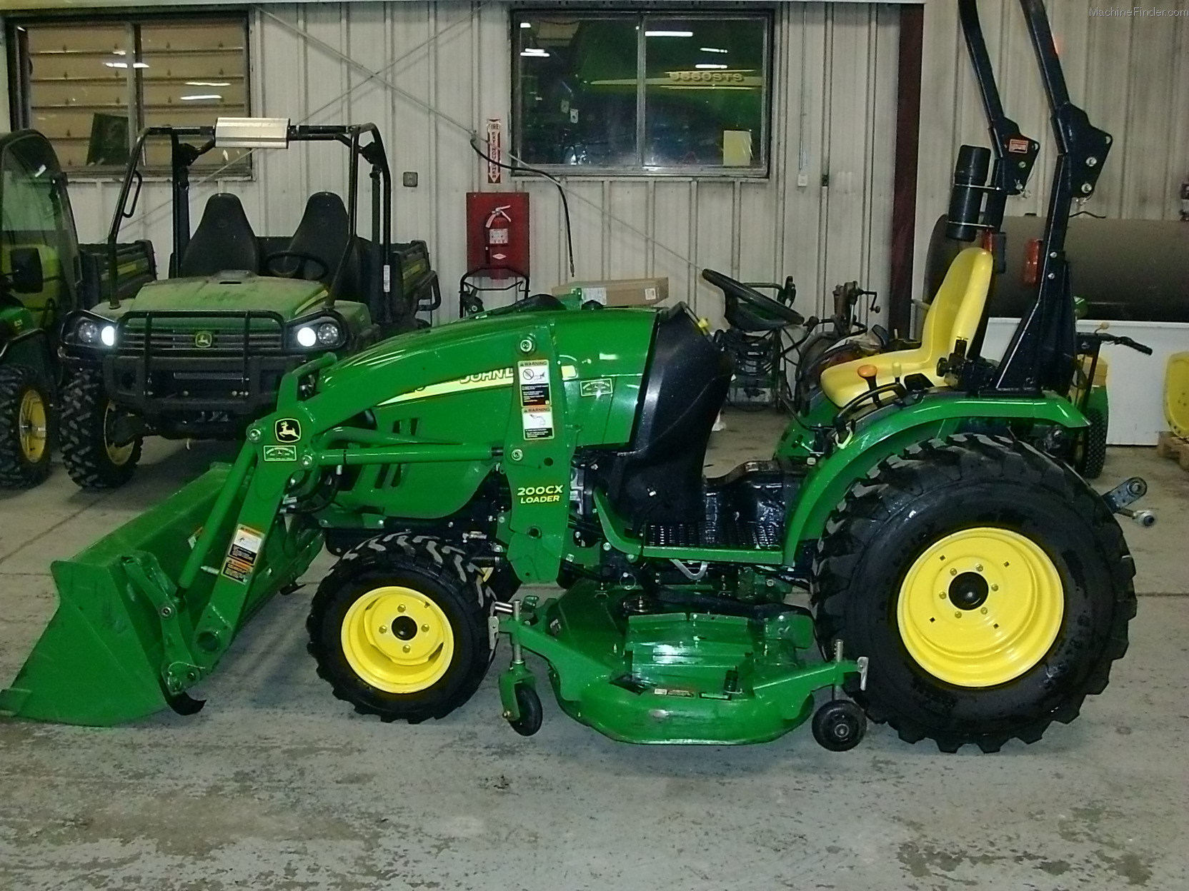 John Deere 2520 Compact Utility Tractor Pictures to pin on Pinterest