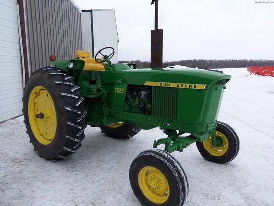 1969 John Deere 2520 Tractors - Utility (40-100hp) - John Deere ...