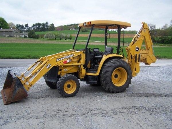 168: 2007 John Deere 110 4x4 Tractor Loader Backhoe