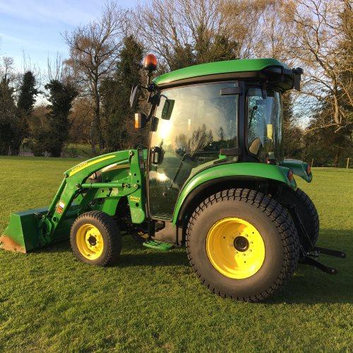 John Deere 3520 Compact Tractor - Bertie Green