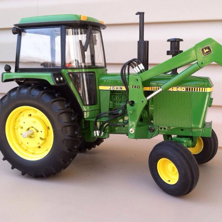 about John Deere Custom Tractors & Toys on Pinterest | John deere ...