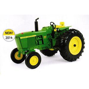 NEW John Deere 3020 Tractor, 1/16 Scale, Die-Cast Metal Replica, Ages ...
