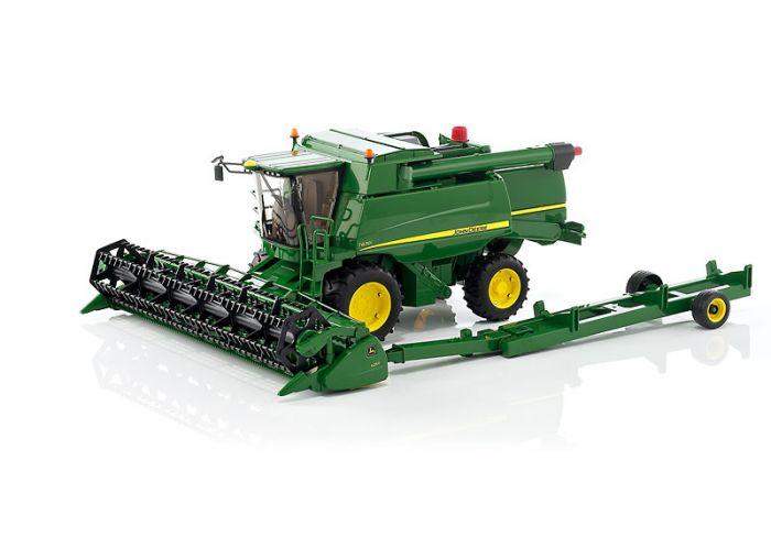 ... Toys & Novelty Gifts Bruder John Deere T670i Combine Harvester Toy