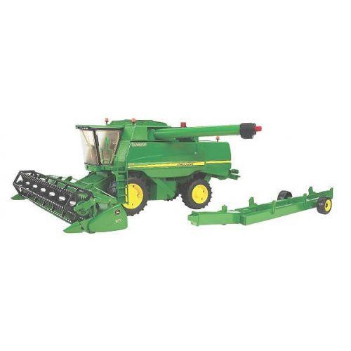 John Deere Combine Harvester T670i - Bruder 02132