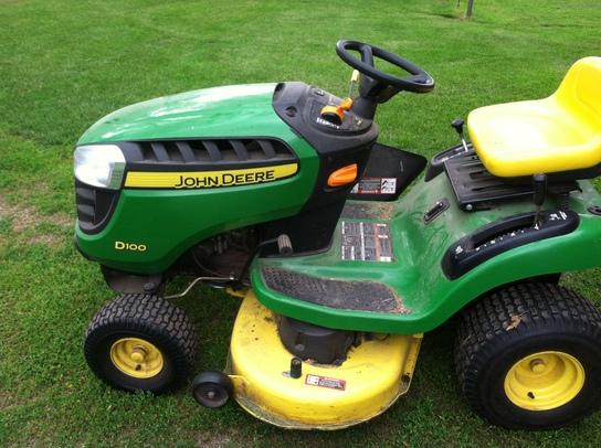 2011 John Deere D100 Lawn & Garden and Commercial Mowing - John Deere ...