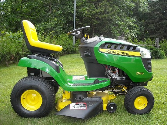 John Deere D120 Review by RayFromOntario - TractorByNet.com