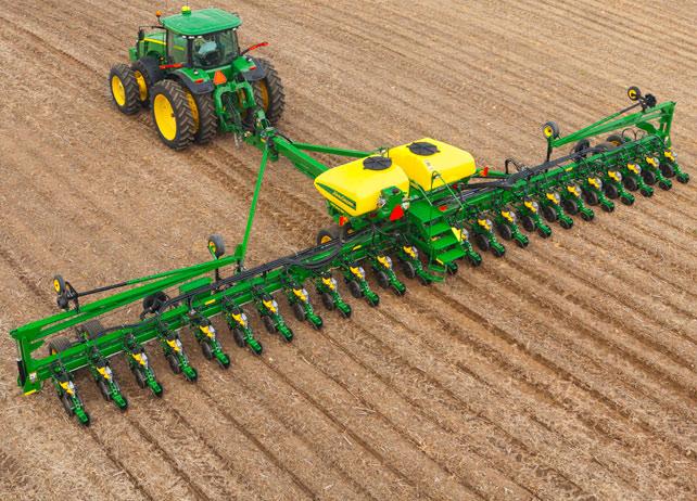24 row John Deere DB60 planter | John Deere equipment | Pinterest
