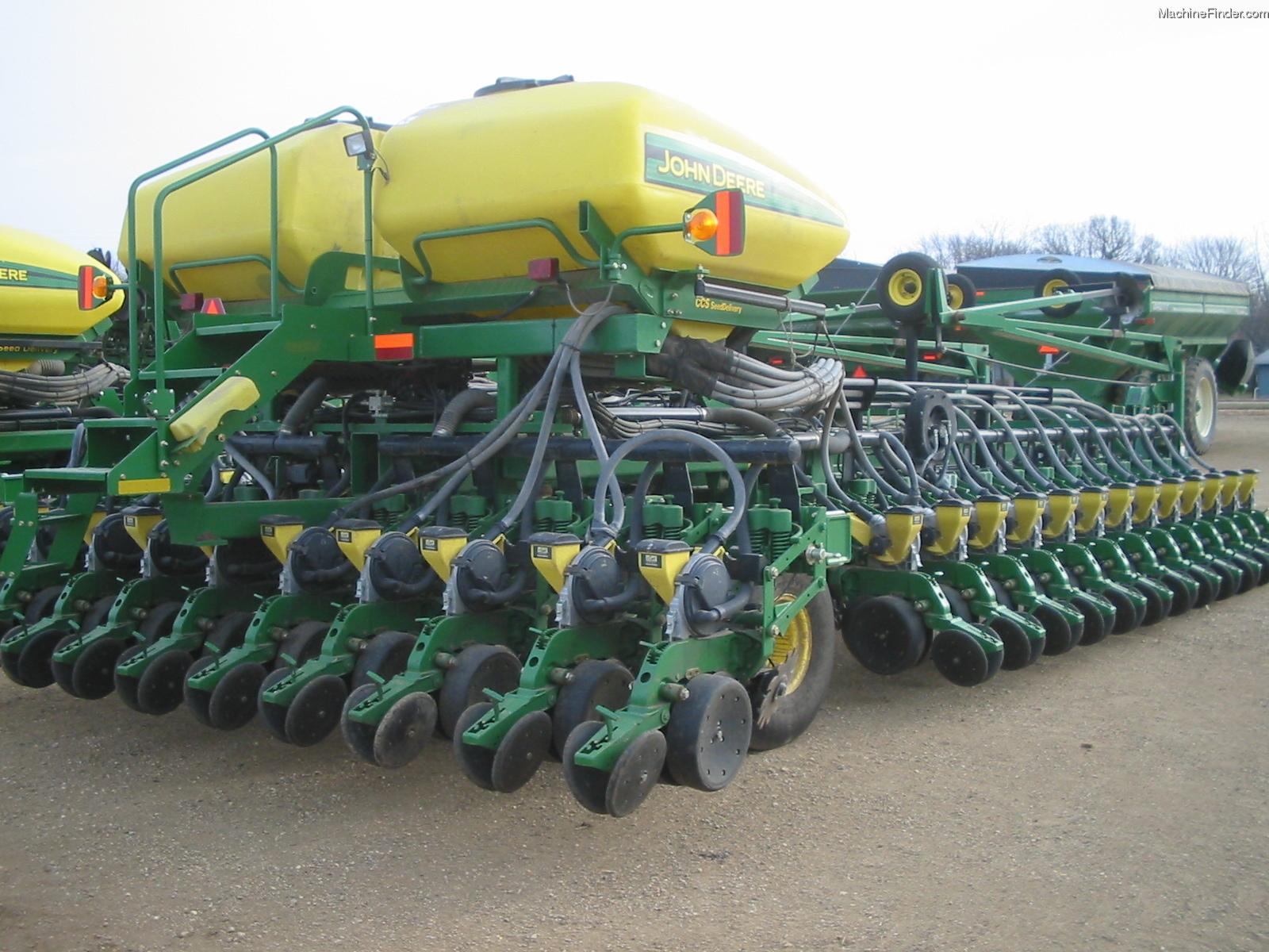 2006 John Deere DB60 Planting & Seeding - Planters - John Deere ...