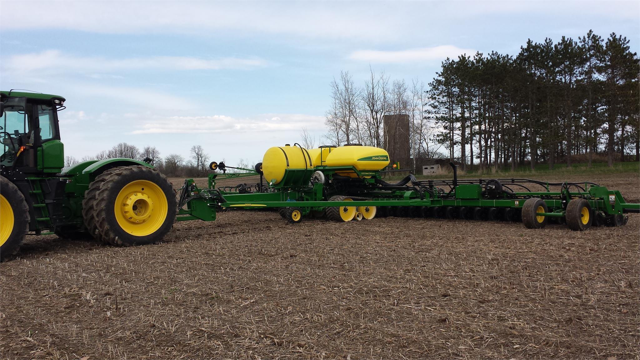 2014 JOHN DEERE DB60 Row Crop Planter $259,900.00