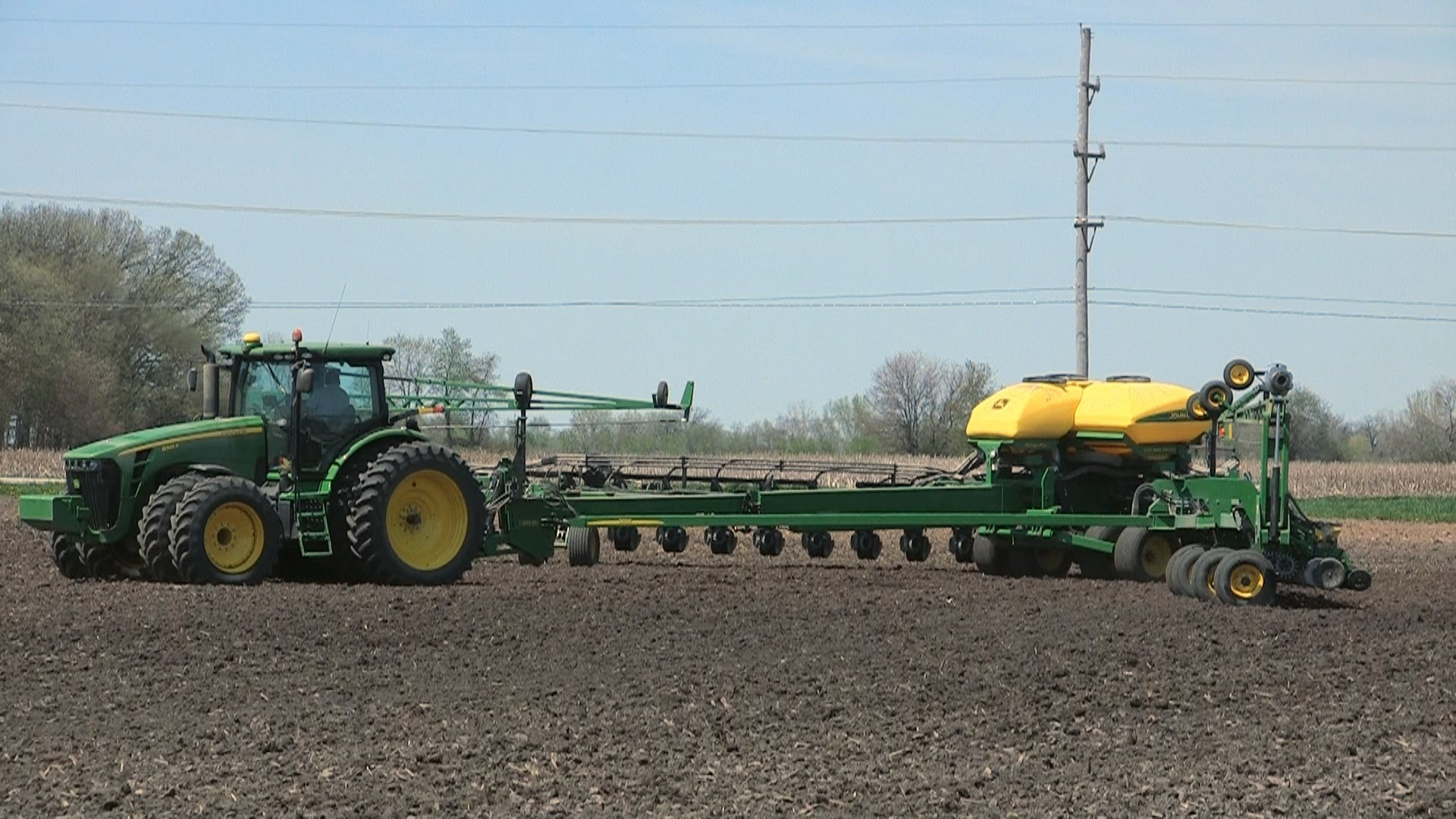 Pitstick Farms - John Deere DB90 Planter Extending and Loading on 5-7 ...