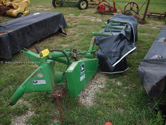John Deere 260 Disc Mower For Sale at EquipmentLocator.com