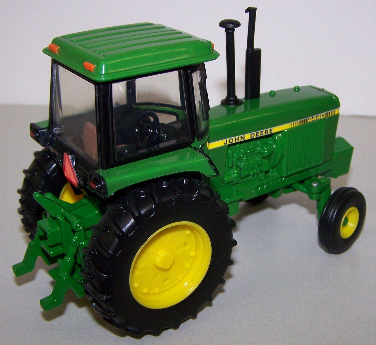 45548 1/32 John Deere 4440 Tractor | Action Toys