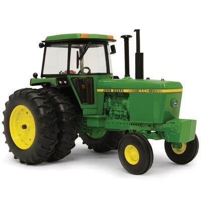 ERTL 1/16 Prestige Collection John Deere 4440 Tractor | WeGotGreen.com