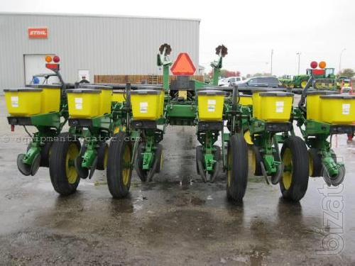Planter row exact sowing John Deere John Deere 7200 7200 16 series ...