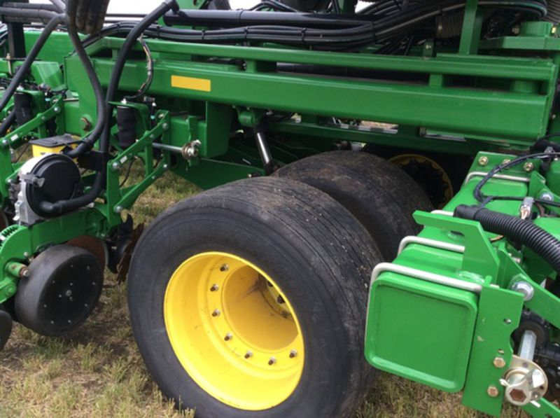 2014 John Deere DB80 Planters/Row Units for Sale | Fastline