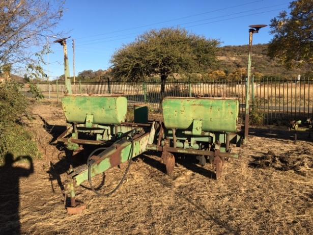 Archive: John Deere 7000 4 Row Planter Sunninghill • olx.co.za