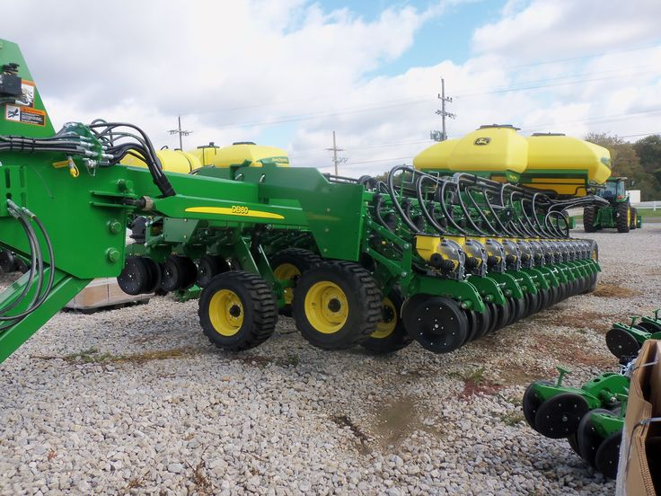 24 row John Deere DB60 planter John Deere equipment Pinterest