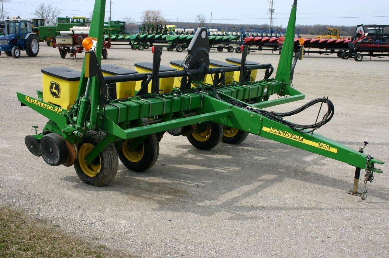 John Deere 1750 6 row corn planter Planter For Sale | AgDealer.com