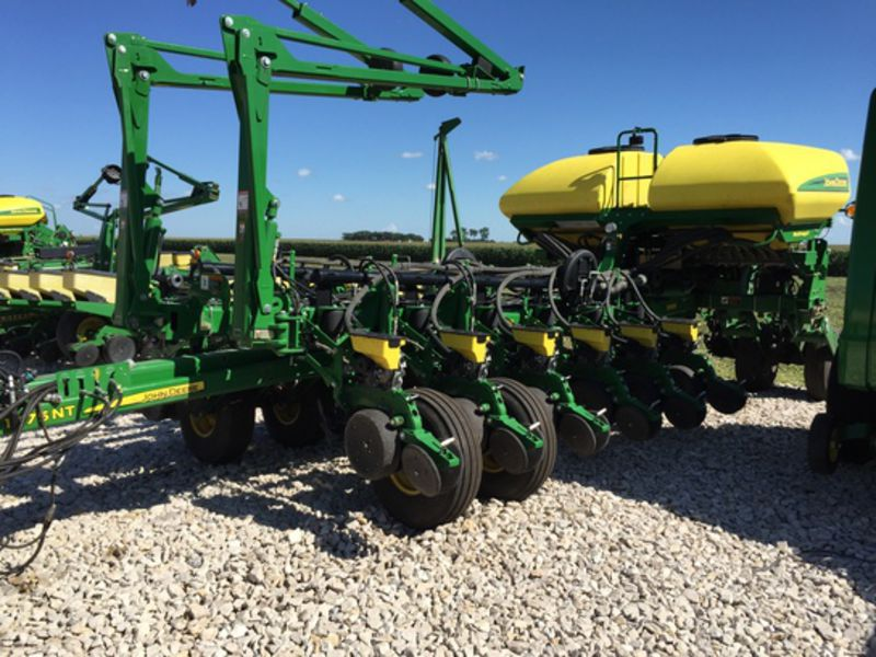 16X30, CCS, Row Command, Active Pneumatic, Seed Star XP, Row Cleaners ...