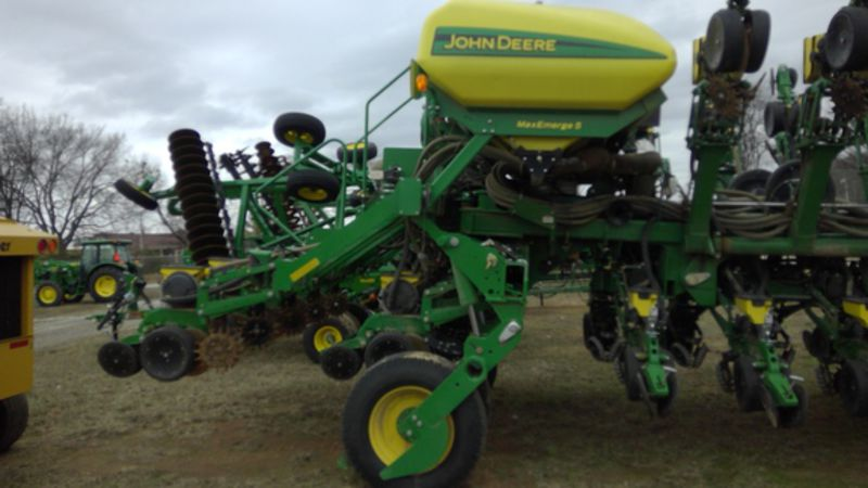 ... 00 year 2015 make john deere model 1795 rows 31 row spacing 15 in