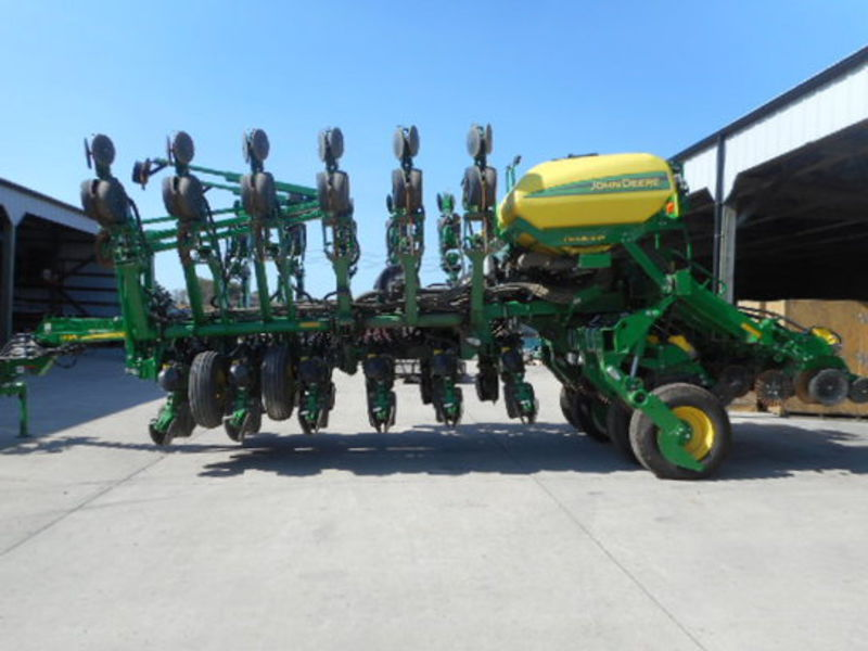 2015 John Deere 1795 Planters/Row Units for Sale | Fastline