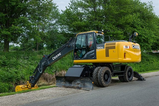 John Deere 190G W wheeled excavator. Photo courtesy of John Deere.