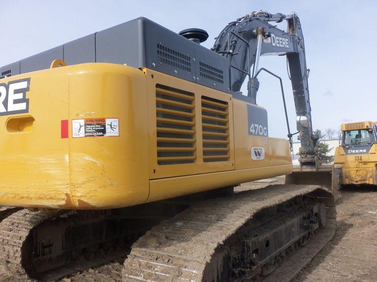 Rightside of John Deere 470G LC excavator