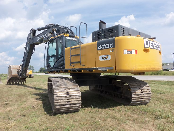 Rear of JOhn Deere 470G LC hydraulic excavator.A2nd 470G LC can be ...