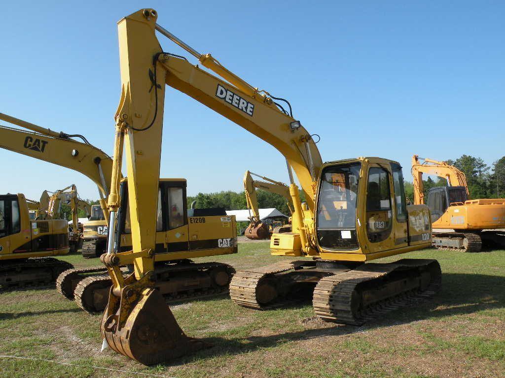 JOHN DEERE 120 HYDRAULIC EXCAVATOR - J.M. Wood Auction ...