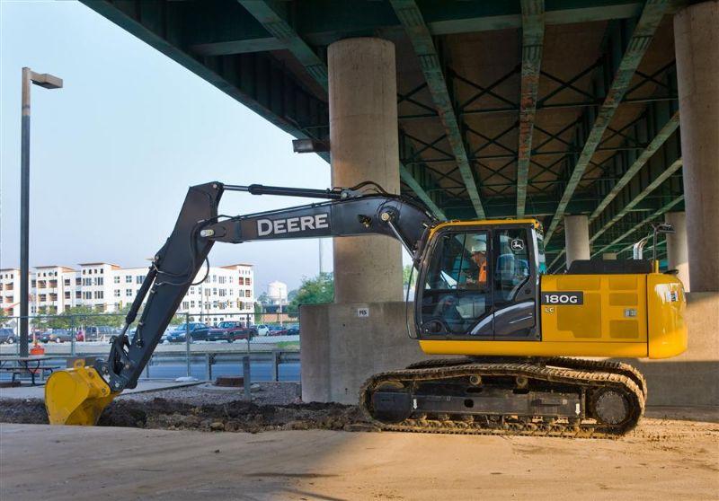 New John Deere180G LC Hydraulic Excavator Comes to Market