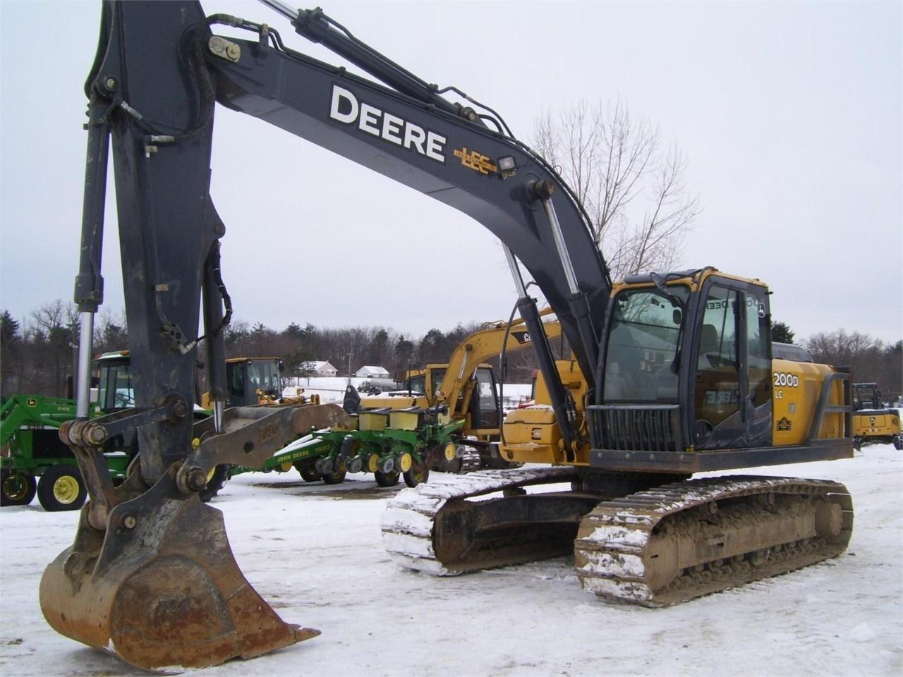 2011 John Deere 200d Lc, Lapeer MI - 111670776 ...