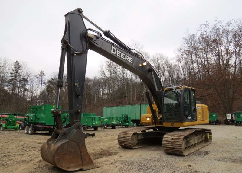 2011 John Deere 200D LC Crawler Excavator For Sale, 3,080 ...