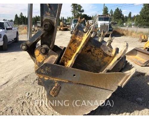 2006 John Deere 240D LC Excavator For Sale, 7,600 Hours ...