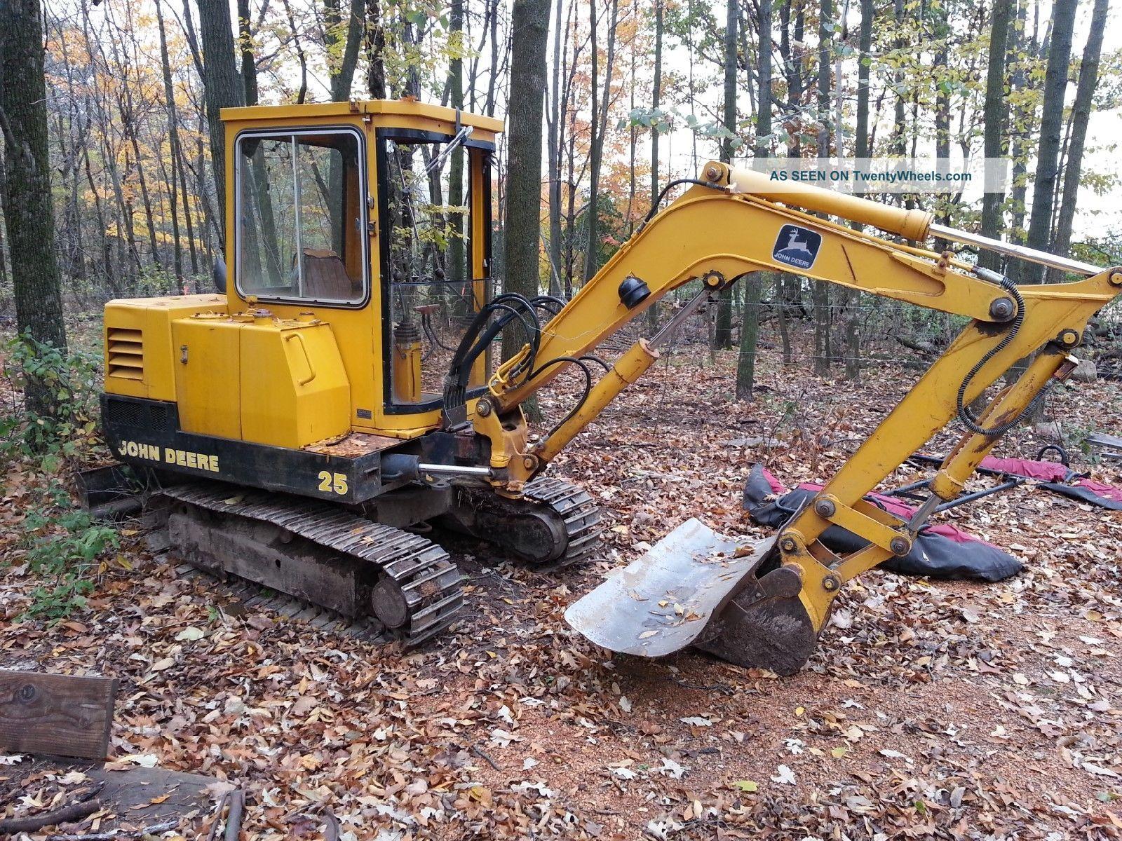 John Deere Excavator 25