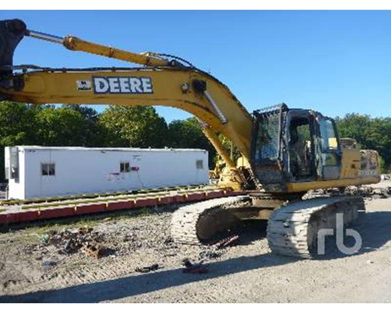 2005 John Deere 330C Excavator For Sale - Caseyville, IL ...