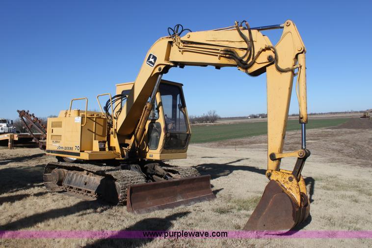 1987 John Deere 70 excavator   no-reserve auction on ...